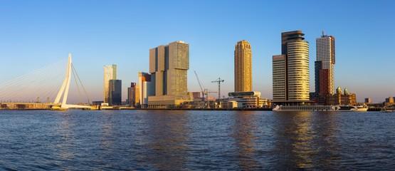 Foto auf Leinwand Rotterdam Rotterdam skyline at sunset