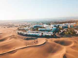 Photo sur Plexiglas Vue aerienne Aerial view of the Maspalomas dunes on the Gran Canaria island. Panoramic view.
