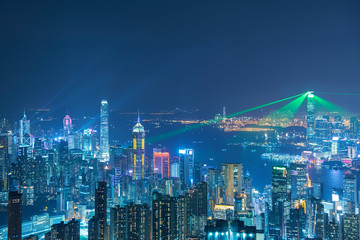 Fototapete - Skyline of Hong Kng city at night