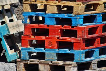 Europaletten im Hafen von Órzola - Lanzarote