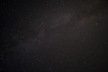 Sternenhimmel über dem Darß mit Milchstraße und Sternbild Schwan