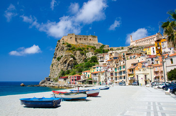 Fishing colorful boats on sandy beach, Scilla, Calabria, Italy Fototapete