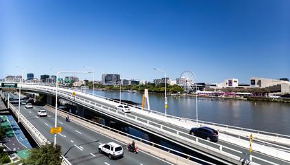 Brisbane – Riverside Expressway and River