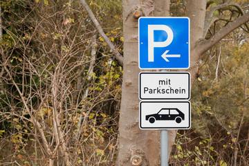 Parkplatzbeschilderung