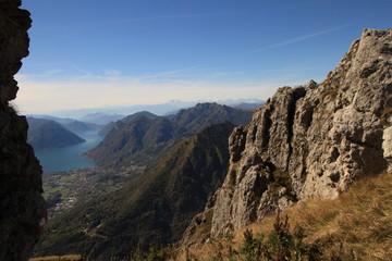 Durchblick zum Luganer See / Blick vom Monte Grona nach Westen
