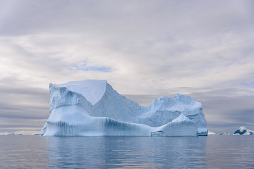 Spoed Foto op Canvas Antarctica Beautiful Antarctiс seascape with iceberg
