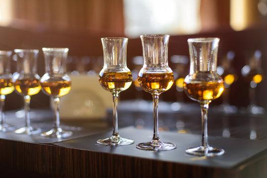 Whiskey tasting, whiskey glass