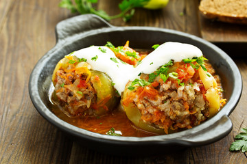Stuffed pepper with rice and meat.