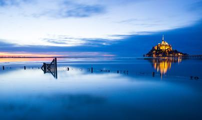 Mont-Saint-Michel blue sunset