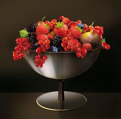 coup de fruit, baie, framboise, aliment, frais, rouge, fraise, isolé, figue, mûr, sain, blanc, balles, dessert, été, bonbon,