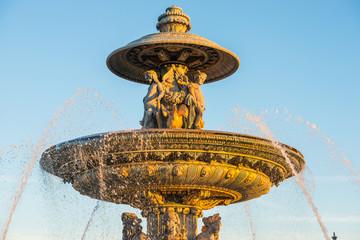 Photo sur Plexiglas Fontaine Fountain on Place de la Concorde in Paris, France