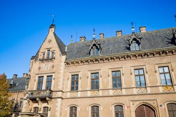 Dans les rues du Château Royal de Prague