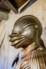 Exposition d'armures dans la Ruelle d'Or dans le Château Royal de Prague