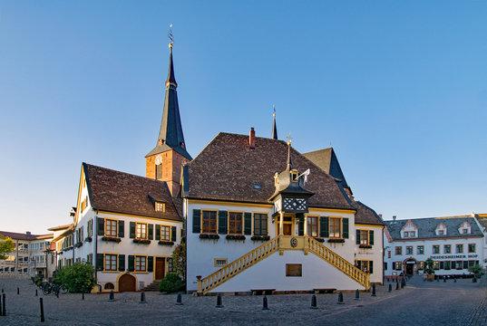 Altes Rathaus in Deidesheim, Rheinland-Pfalz, Deutschland