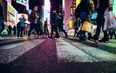 Photo sur Aluminium New York City Time square at night, blurried concept photo in New york