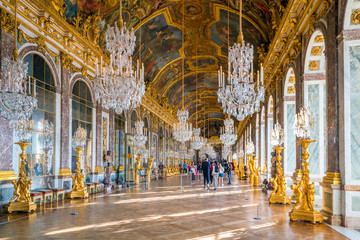 The hall of mirrors in Palace of Versailles Fototapete