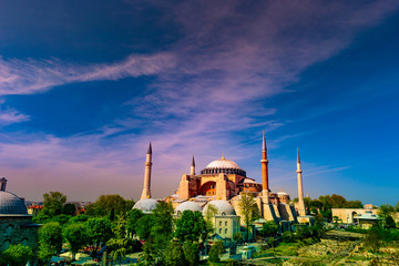 A typical shot of the Hagia Sophia with a pristine blue sky as its background.