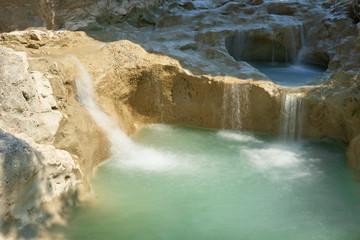 der Fluss Mirna nahe des Dorfes Kotli in Istrien in Kroatien