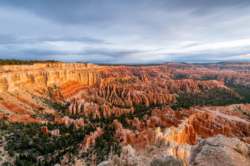 Fototapete - Bryce Canyon National Park at Dawn from Inspiration Point