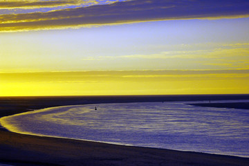 Papiers peints Jaune coucher de soleil sur la baie de somme depuis le hourdel en picardie