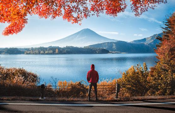Man looking the fuji mountain