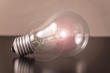 Glühbirne - Beleuchtung / Reflex