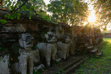 アユタヤ・世界遺産・お寺・ワット・仏像・仏教