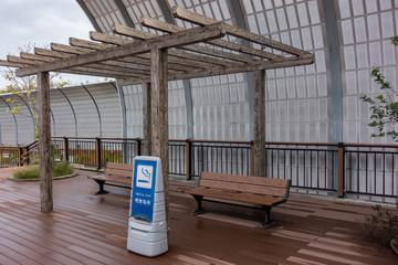 高速道路 / パーキングエリア / サービスエリア / 喫煙所のイメージ