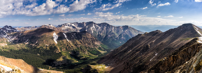 Fototapete - Colorado Rocky Mountains.  Vast vistas of the Sawatch Range in central Colorado