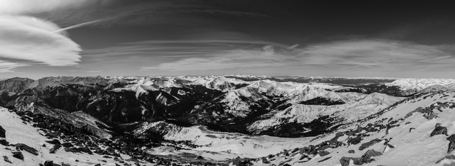 Fototapete - Snow covered Colorado Rocky Mountains in Winter
