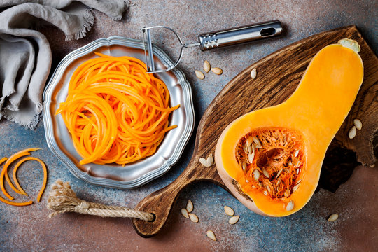 Spiralized butternut squash spaghetti. Low carb vegetable pasta cooking