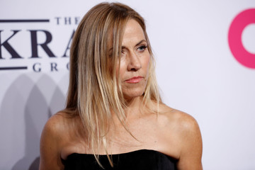 Sheryl Crow arrives for the Elton John AIDS Foundation's Gala in New York City