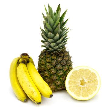 Obst - Bananen, Ananas und Grapefruit