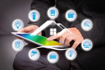 Tablette informatique domotique et maison intelligente