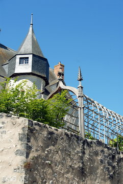 Château de beaugency, tourelle et jardins en hauteur, Beaugency, ville du Val de Loire, département du Loiret, France