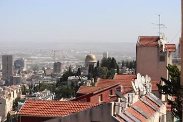 中東 イスラエル ハイファ バーブ廟 街並み アンテナ
