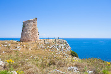 Minervino, Apulia - Hiking to the old defense tower of Minervino