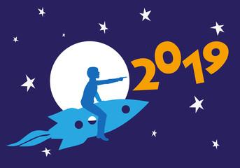 Carte de vœux féerique et imaginaire, avec la silhouette d'un enfant sur une fusée pointant du doigt l'année 2019, au milieu du ciel étoilé