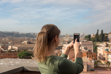 girl takes photos in Rome