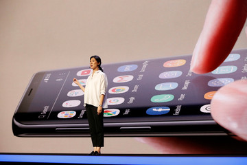 Samsung unveils foldable screen smart phone in San Francisco