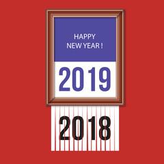 Carte de vœux 2019 concept, montrant un tableau dans un cadre sur fond rouge, pour souhaiter happy new year et 2018 qui se déchire en passant dans une broyeuse