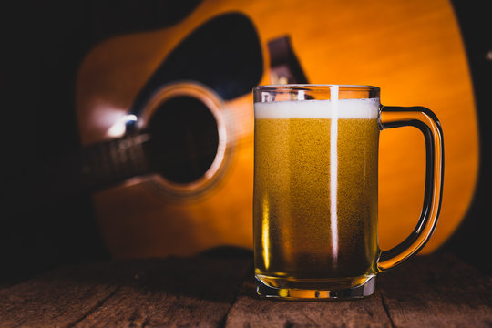 Glass beer of music