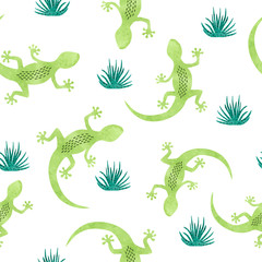 Seamless pattern with green watercolor lizard.