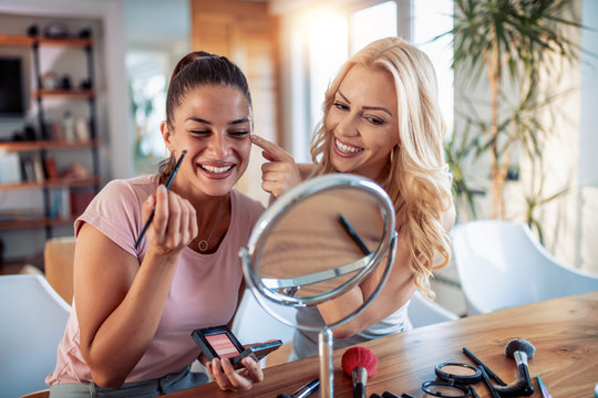 Make up, friends and leisure concept