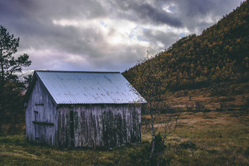 old barn in mountain valley (Norway - autumn)