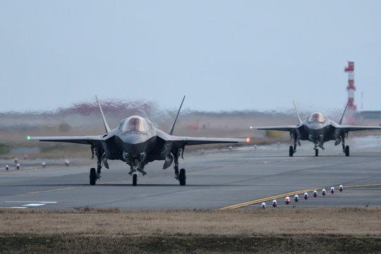 アメリカ海兵隊 F-35BライトニングⅡ タキシング