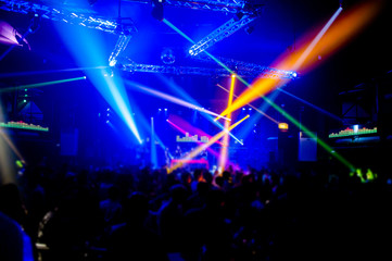 Celebrate the night in the night Banquet Service Dance and enjoy with fellow dancers and DJs.