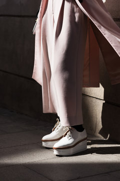 Crop model in trendy footwear