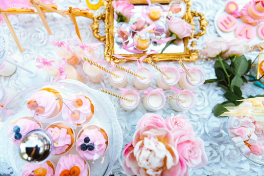 Desserts in an outdoors wedding