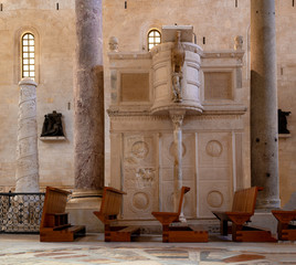 detail of the amazing pulpit carved this stone within the San Sabino cathedral in Bari, Puglia. Italy
